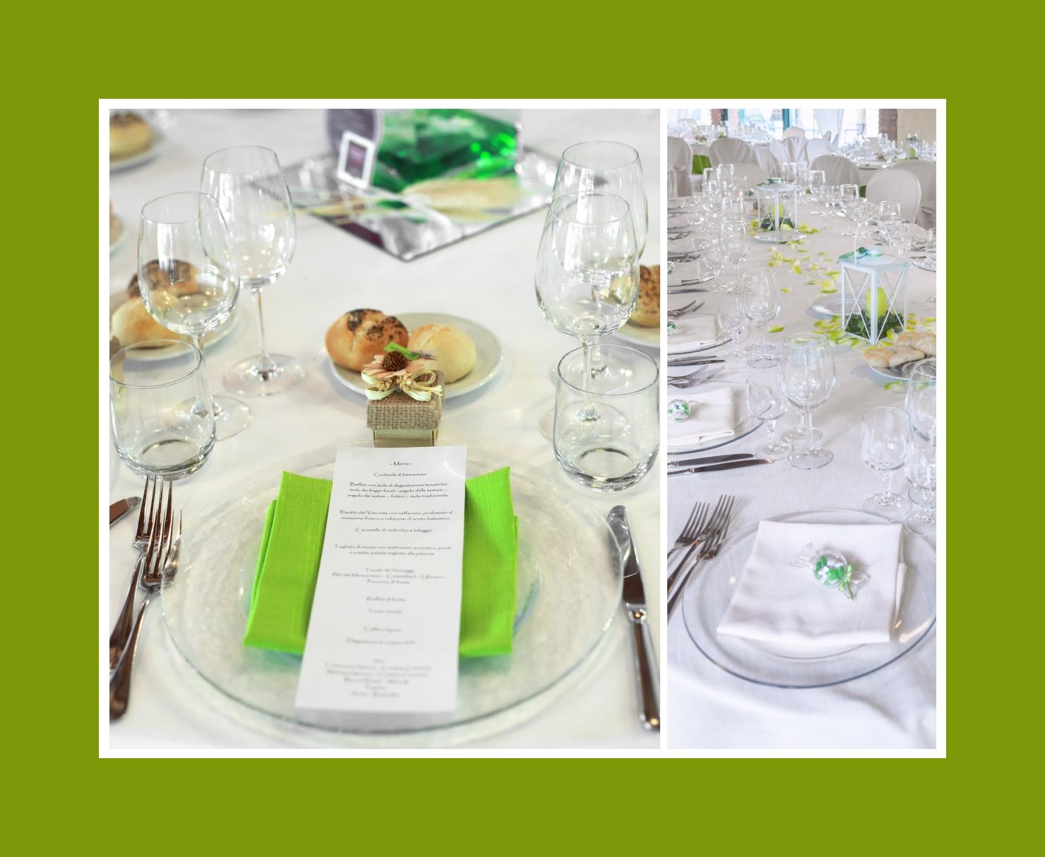 Grüne Servietten auf Glastellern