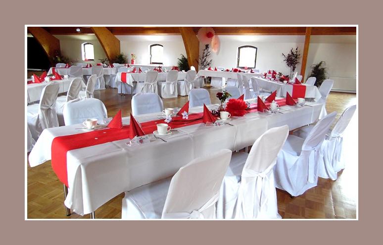 Rot Weisse Hochzeit Von Manuela Bjorn Ab 1