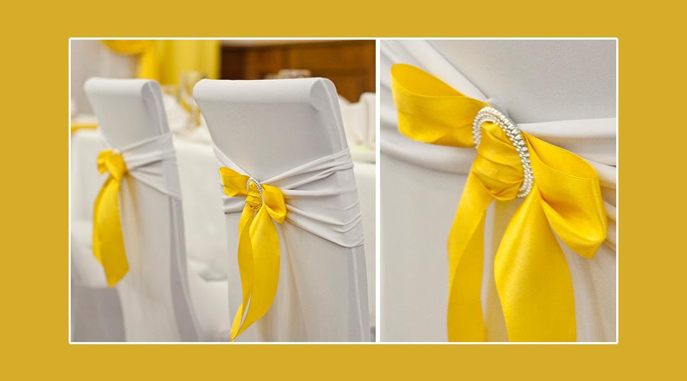 Stuhlhussen Hussen gelbe Schleifen Schaerpen Bänder Hochzeit