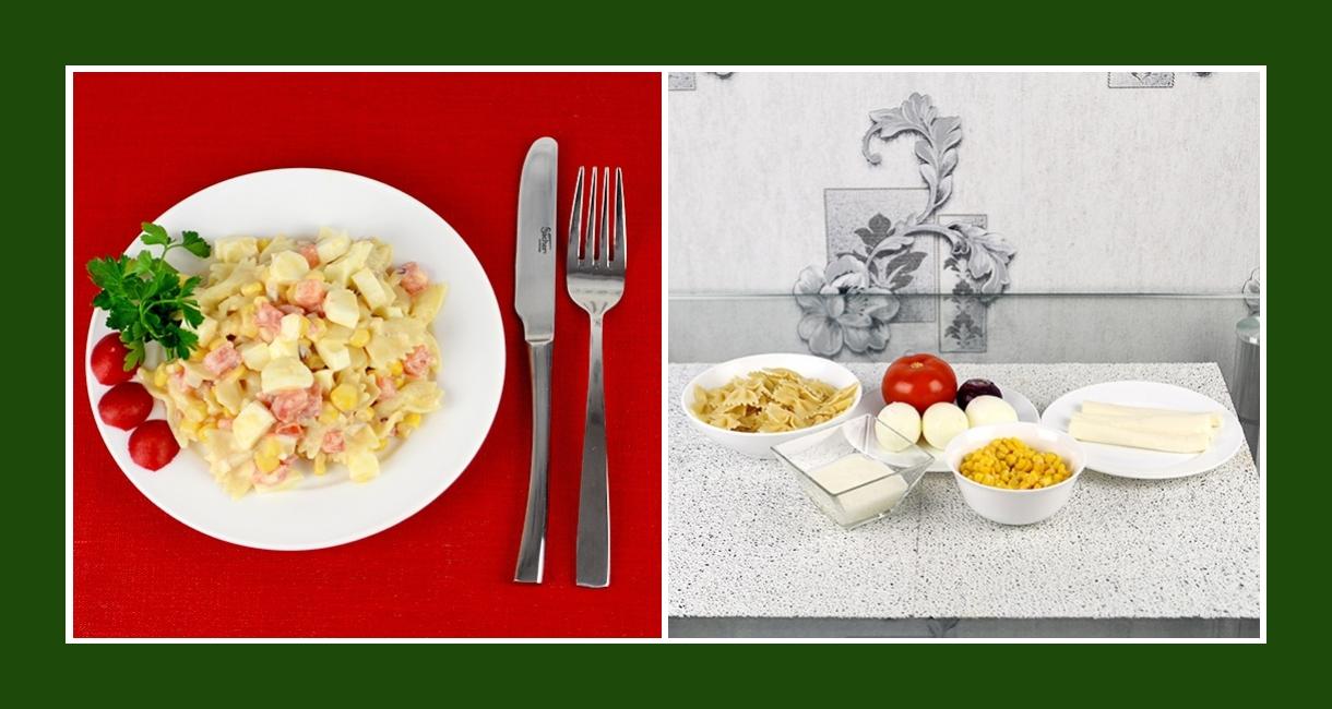 Nudelsalat mit Salzlakenkäse, Tomaten, roten Zwiebeln, Mais, Eiern und Schmand