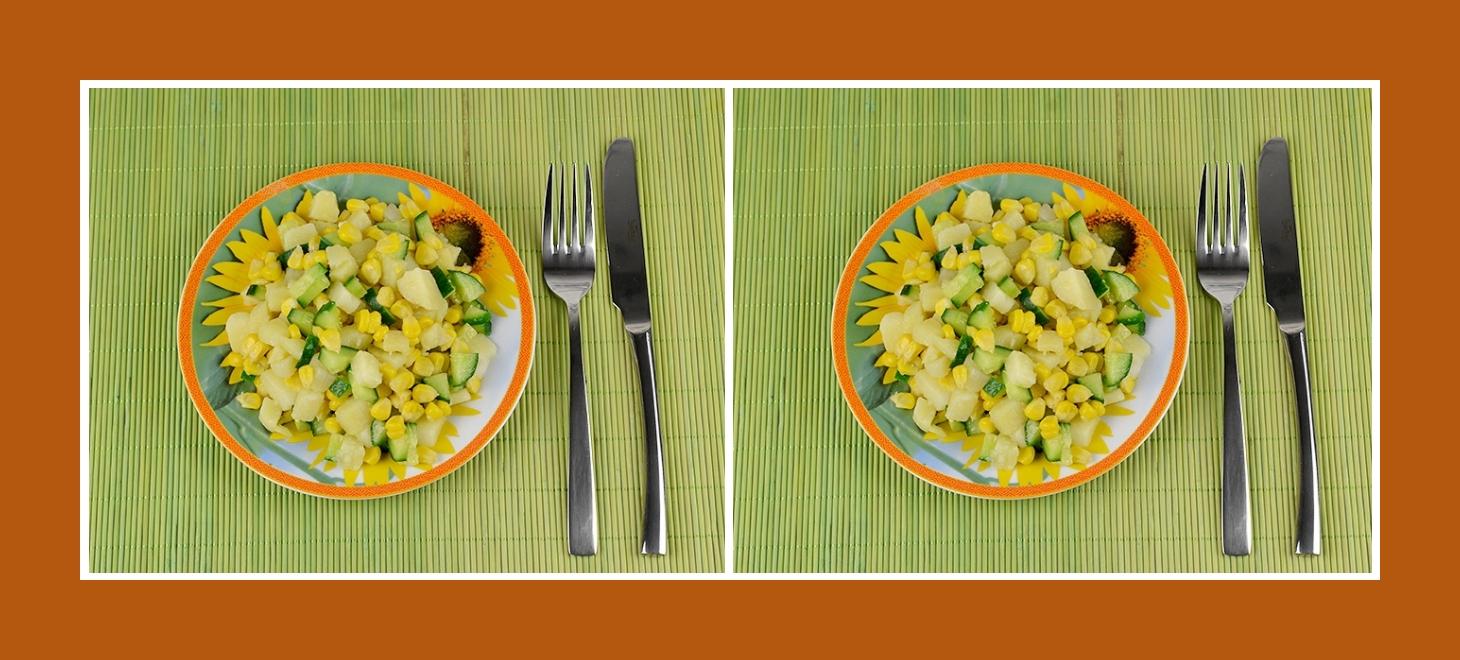 Gesunder Kartoffelsalat mit Gurken und Mais