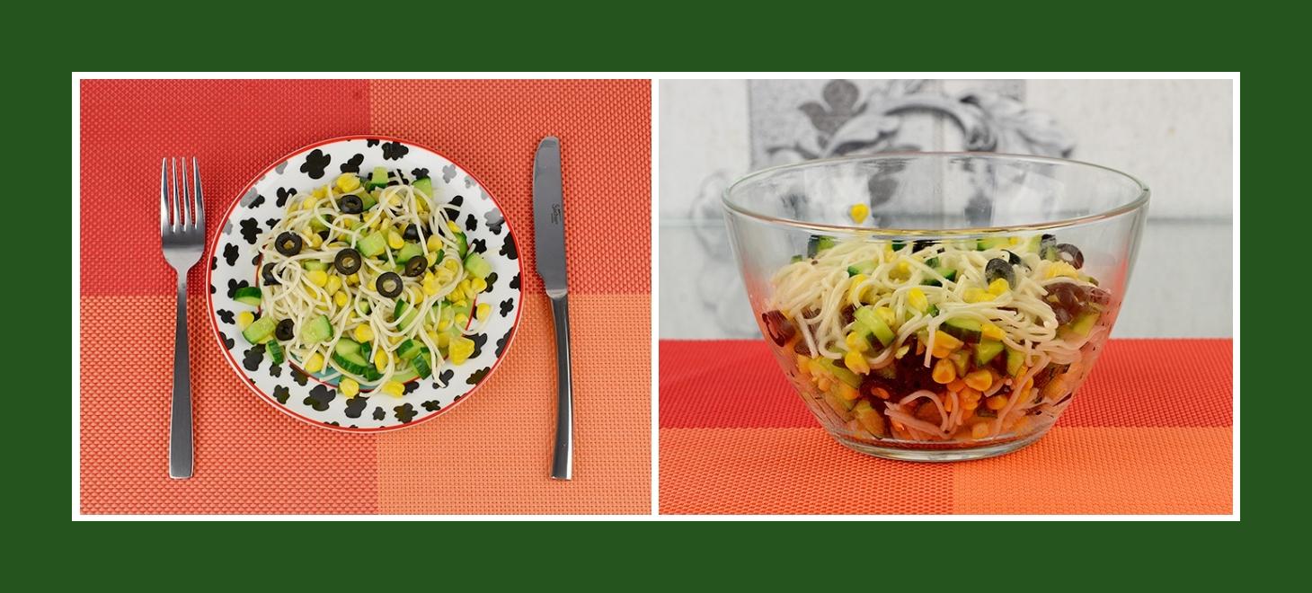 Salat aus Spaghetti, Oliven, Gurken und Mais