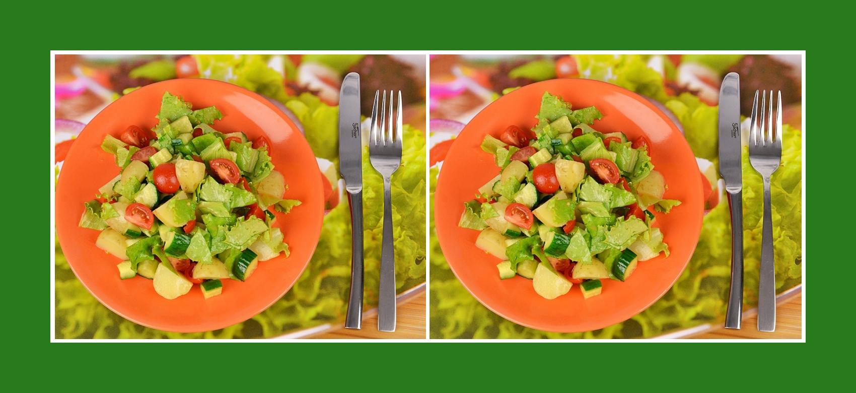 Gesunder Salat mit Frühkartoffeln und knusprigem Gemüse