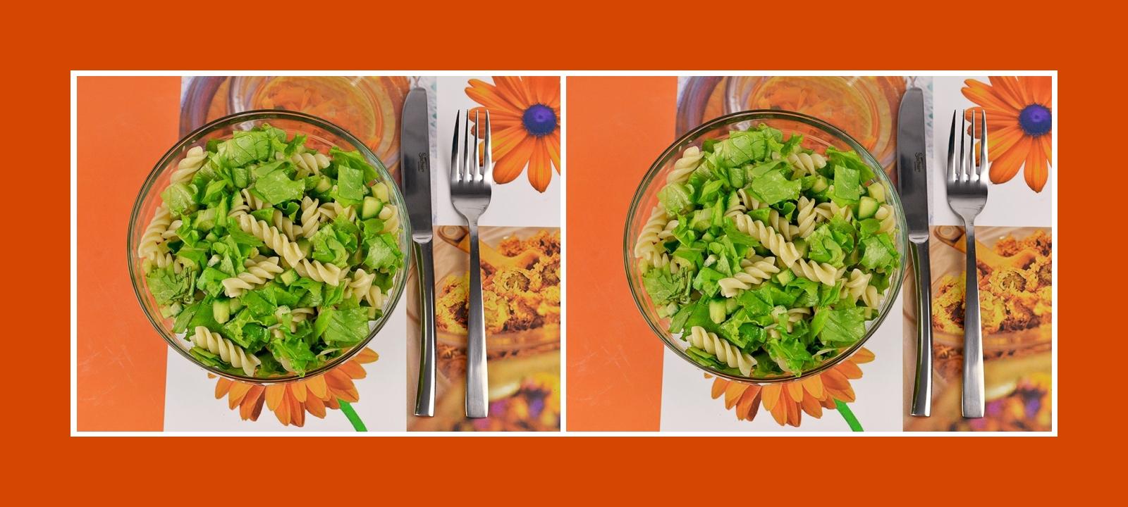 Gesunder Nudelsalat mit grünem Gemüse