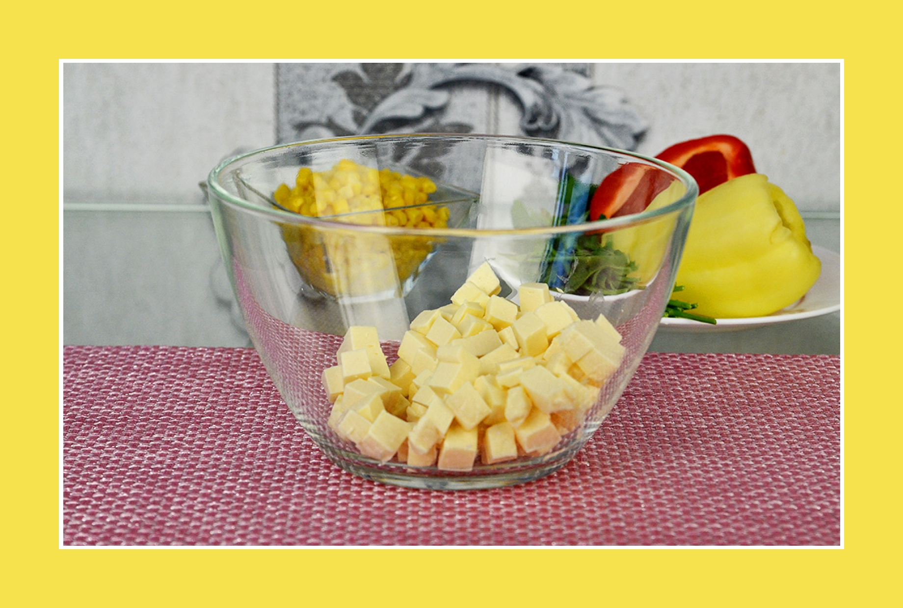 Käse für bunten Sommersalat