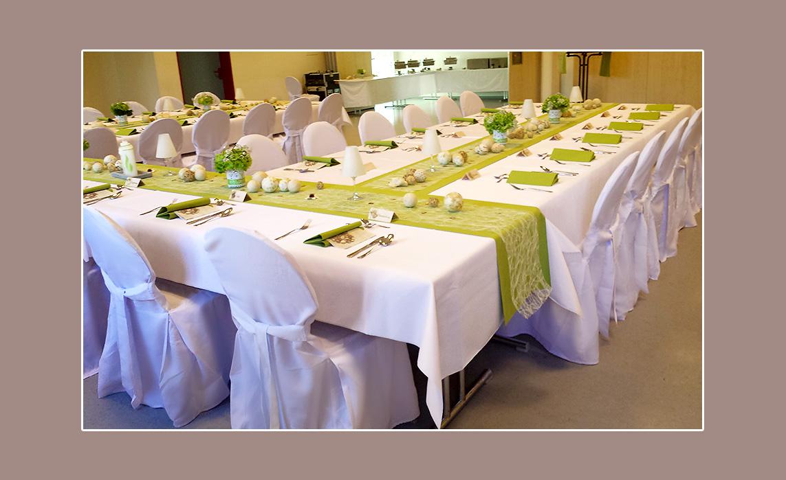 Weiß-hellgrüne Hochzeitsdeko von Stephanie & Oliver aus Burkardroth ...