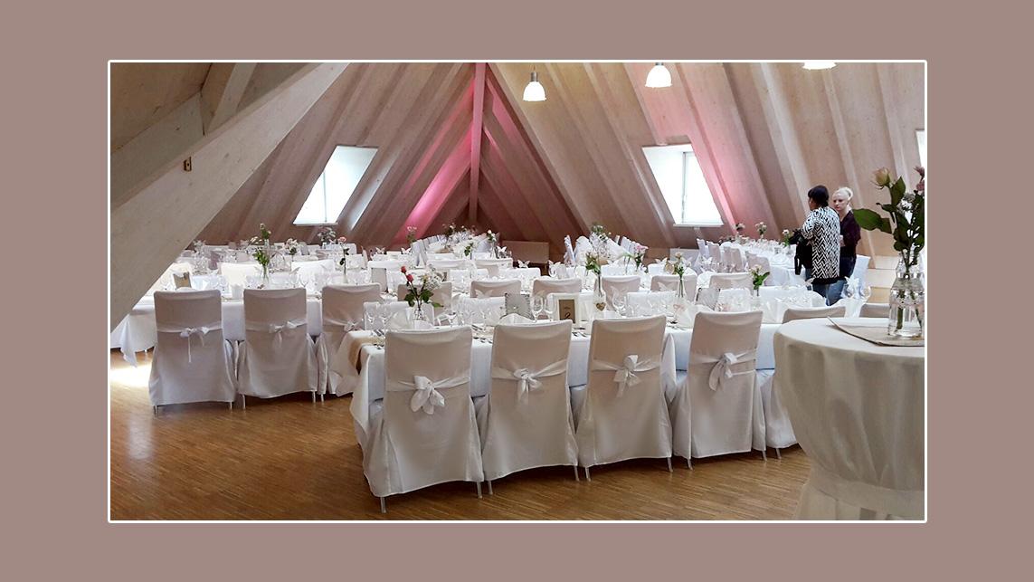 Hochzeitslocation Dekoration mit Stuhlhussen Nr 4 Nordrach