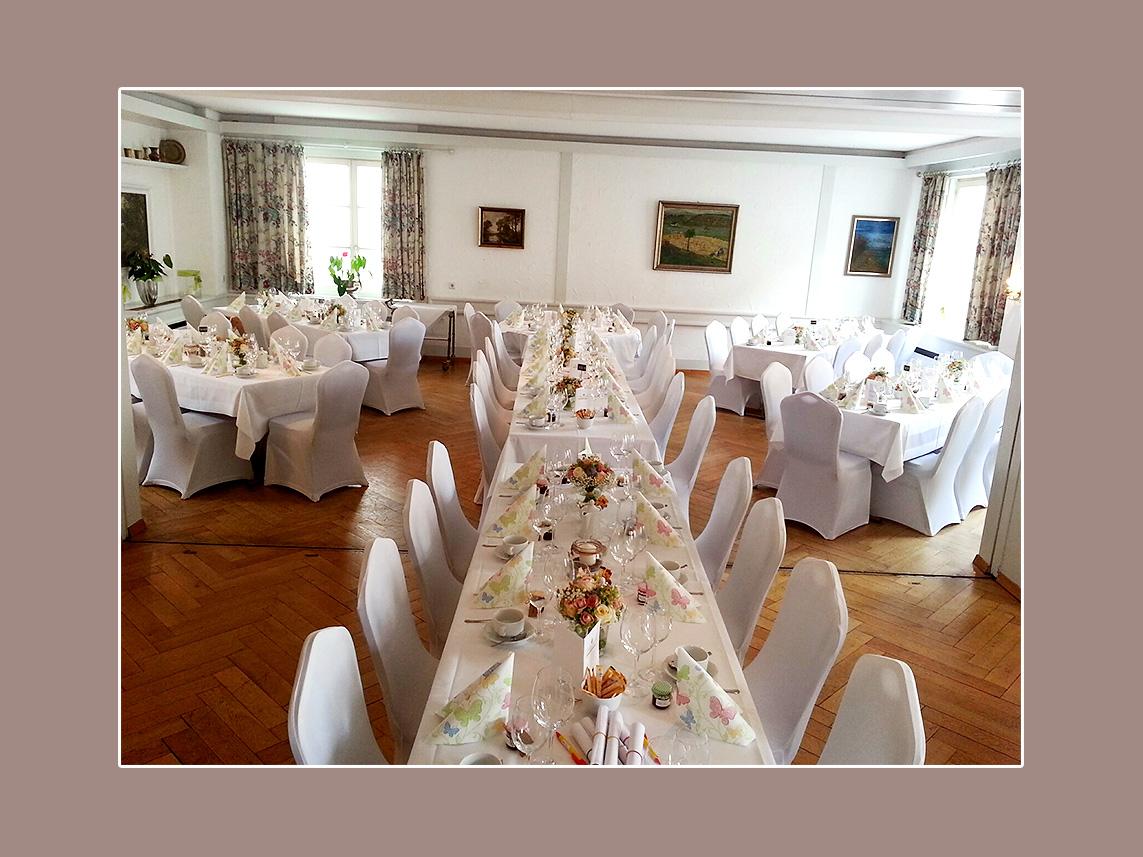 Stuhlhussen mieten Leonberg-Eltingen für Hochzeit in Hotel Hirsch Leonberg