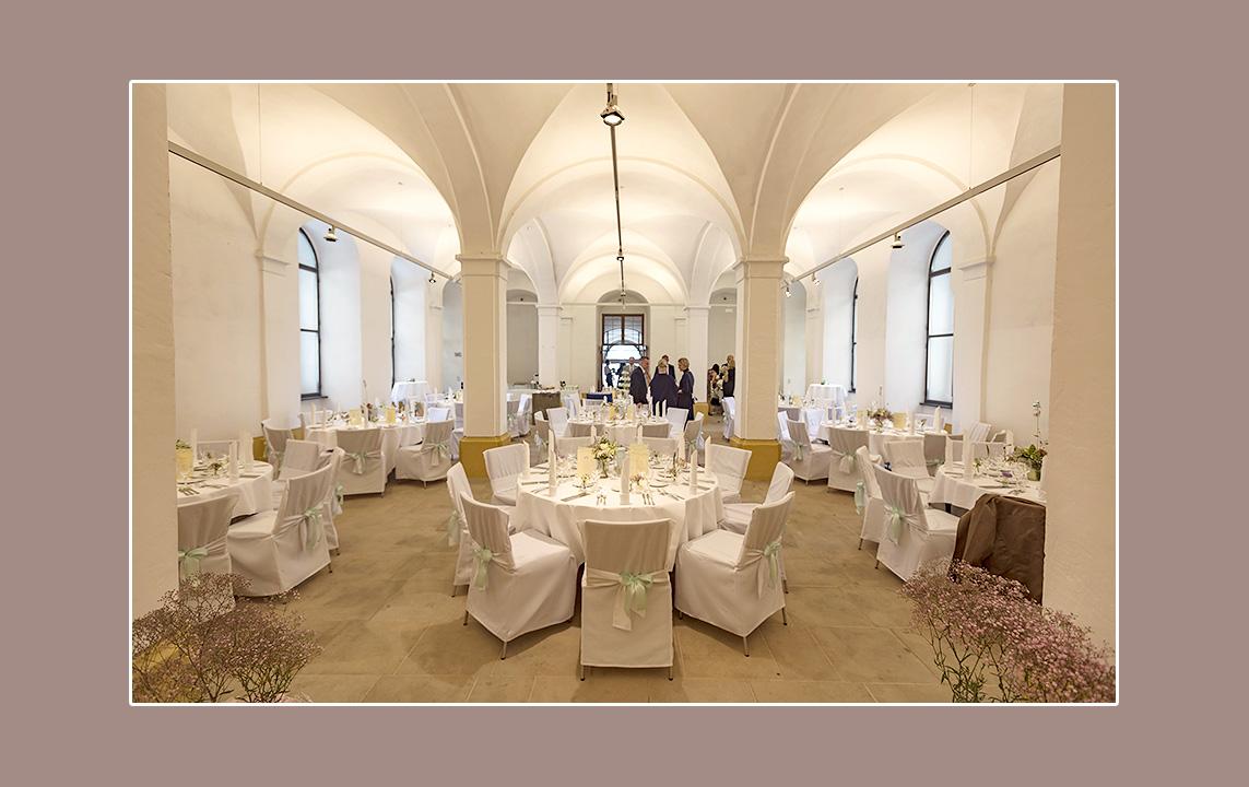Tischdeko Hochzeit Ab 1