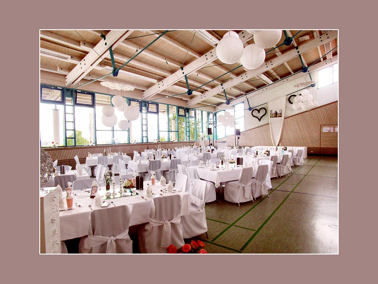 Hochzeitsdeko - Hochsträßhalle Niederhofen
