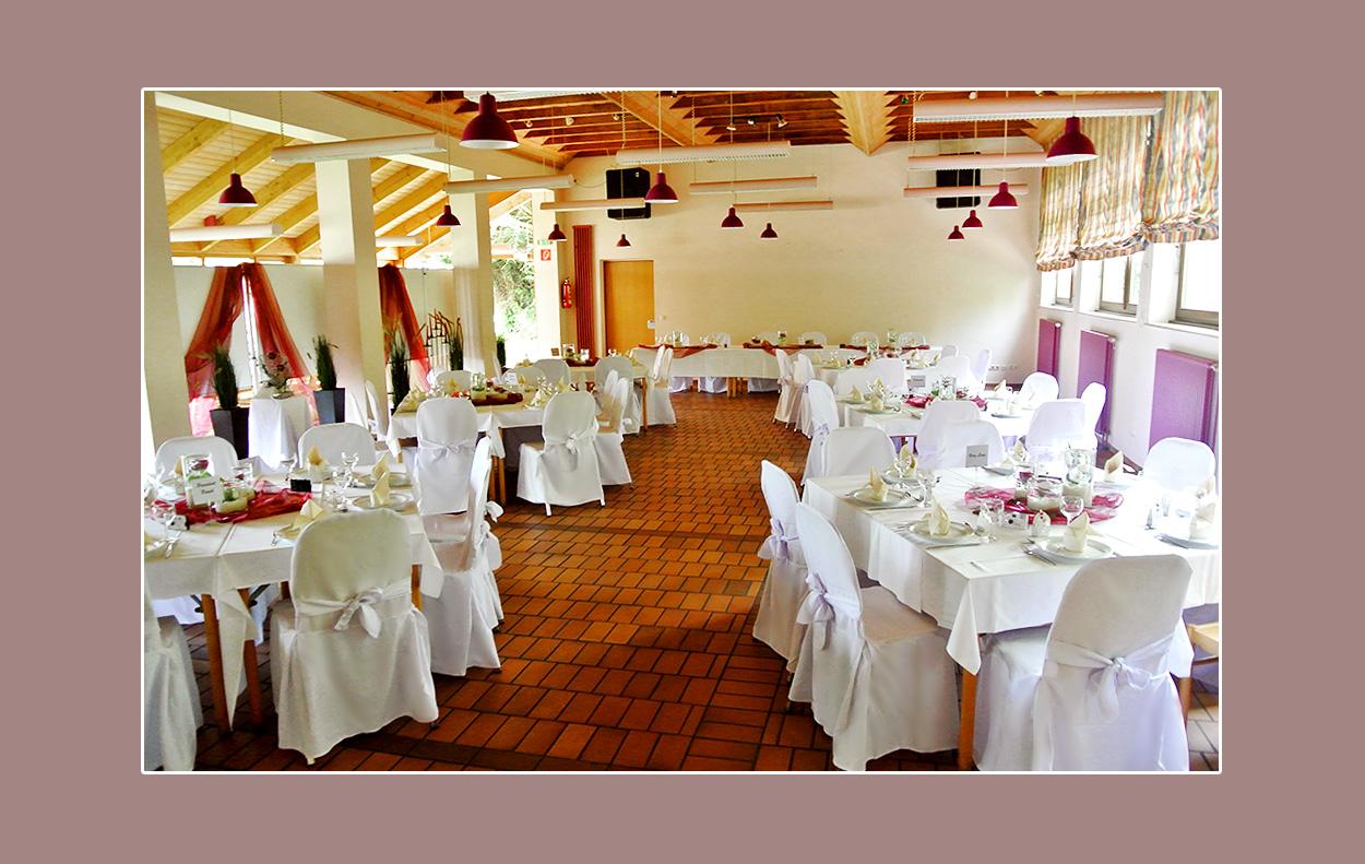 Stuhlhussen für Hochzeitslocation in Mönchengladbach