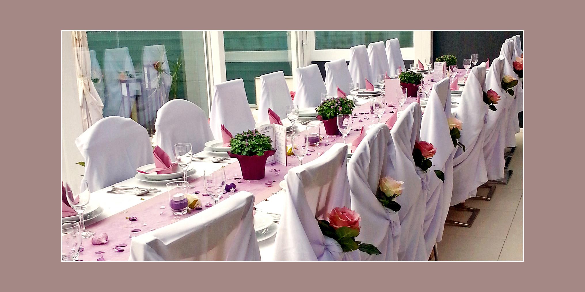 Hochzeitsdeko in Lila-Violett von Maria und Claudio aus Oberhausen