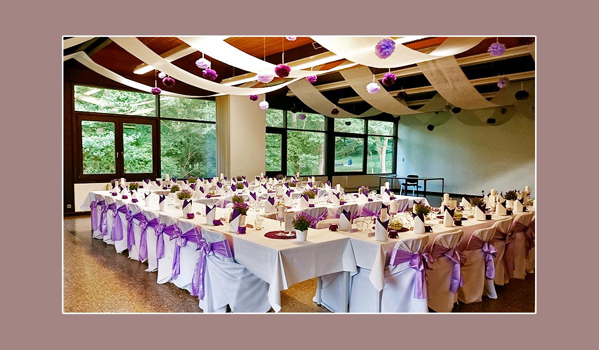Hochzeitdeko lila-weiß - Hochzeitslocation AWO-Waldheim Böblingen