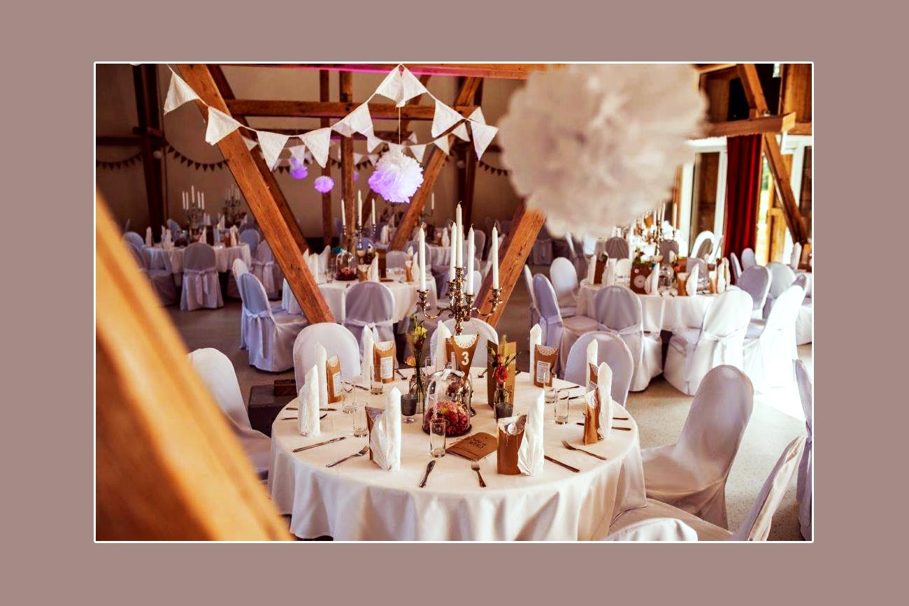 Vintage Hochzeitsdeko: Stuhlhussen mieten Eventscheune Gutshof Bahner - Umgebung Eisenach, Mühlhausen in Thüringen