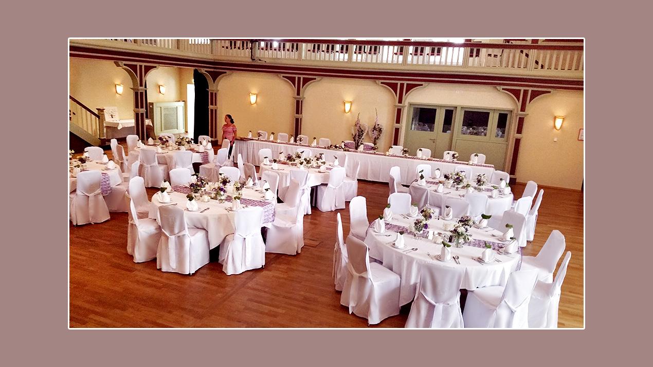 Stuhlhussen mieten Hof, Bayreuth - Hochzeit Bergbräu Arzberg