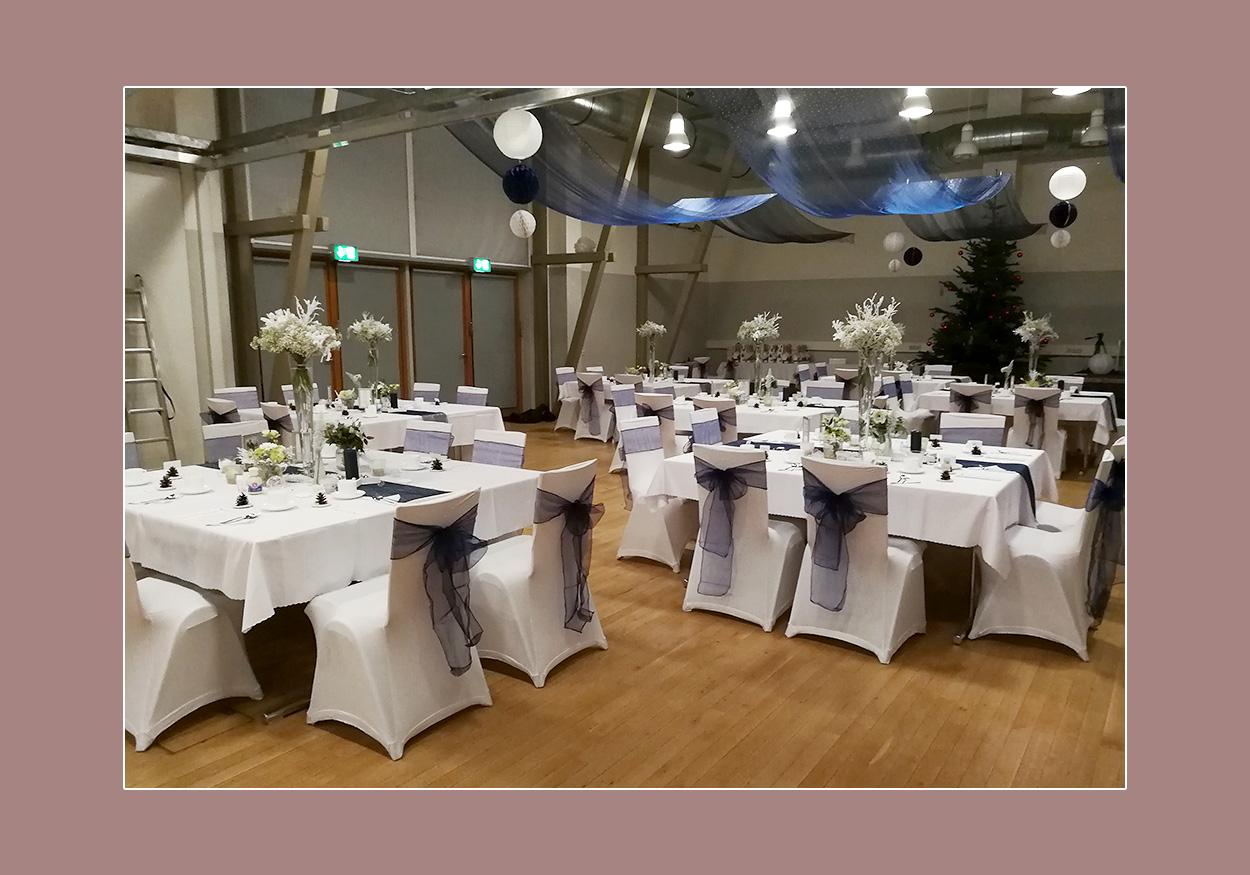 Hochzeitsdeko weiss-violett. Hochzeitslocation Karben